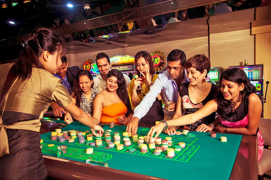 Why online casinos are becoming more and more popular?